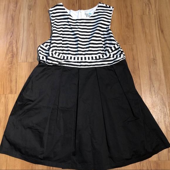 Modcloth Dresses & Skirts - ModCloth Plus Size Stripe Dress